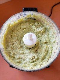 Advocado Hummus blending